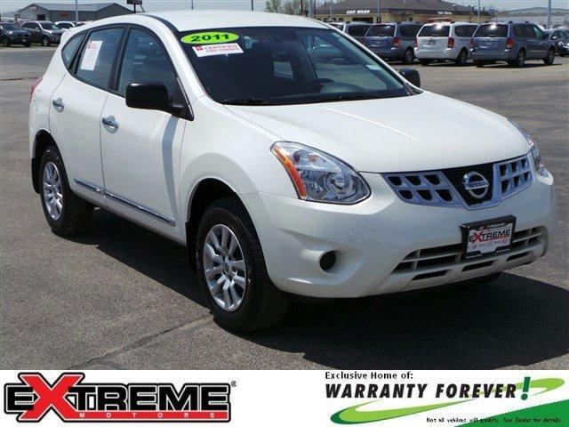 2011 Nissan Rogue S SUV for sale in Bloomington for $16,977 with 35,001 miles.