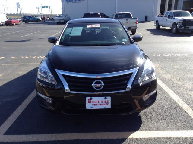 2013 Nissan Altima 2.5 S Sedan for sale in San Angelo for $16,988 with 37,219 miles.