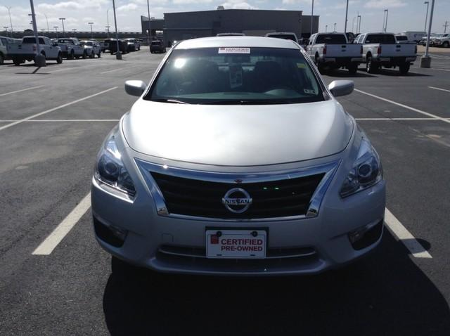 2015 Nissan Altima 2.5 S Sedan for sale in San Angelo for $18,988 with 17,898 miles