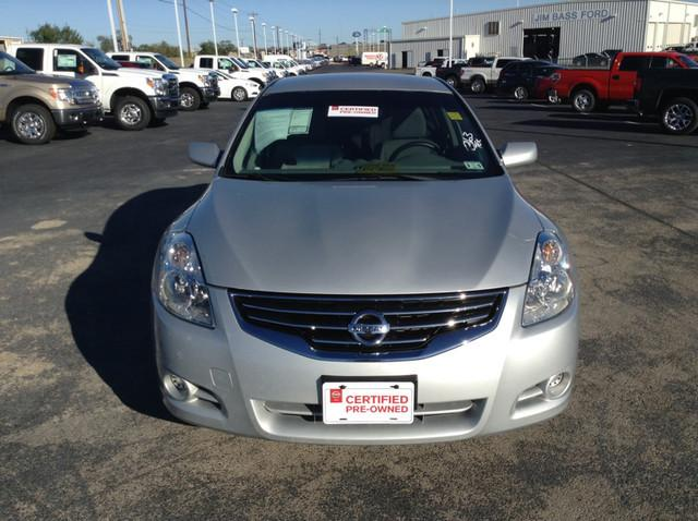 2012 Nissan Altima 2.5 Sedan for sale in San Angelo for $14,988 with 31,044 miles.