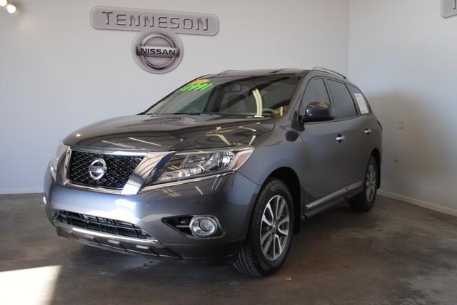 2013 Nissan Pathfinder SL SUV for sale in Tifton for $26,500 with 35,444 miles.