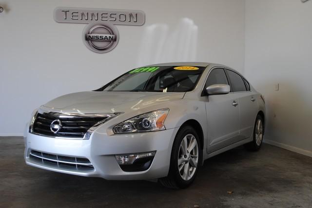 2014 Nissan Altima 2.5 SV Sedan for sale in Tifton for $23,000 with 29,179 miles.