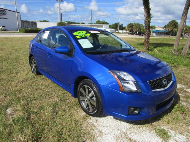 2011 Nissan Sentra SE-R Sedan for sale in Venice for $14,000 with 46,520 miles.