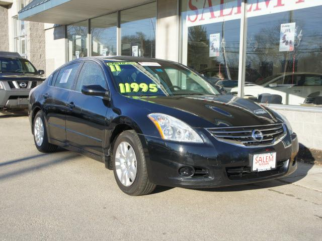2011 Nissan Altima 2.5 Sedan for sale in Salem for $11,995 with 63,451 miles.