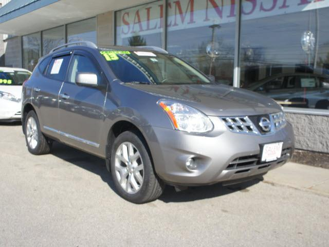 2013 Nissan Rogue SV SUV for sale in Salem for $23,495 with 32,144 miles
