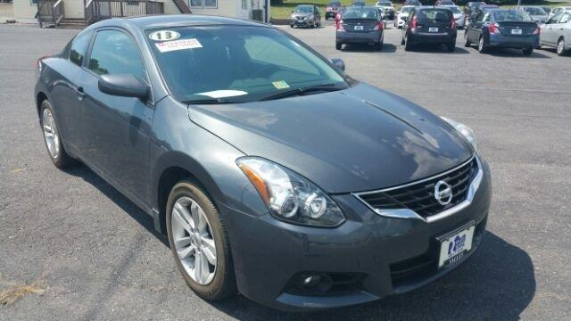 2013 Nissan Altima 2.5 S Coupe for sale in Staunton for $22,500 with 5,626 miles.