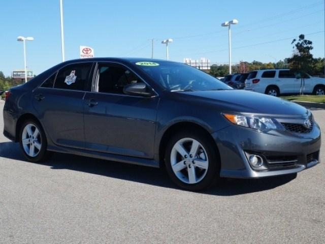 2014 Toyota Camry Sedan for sale in Memphis for $21,991 with 14,383 miles.