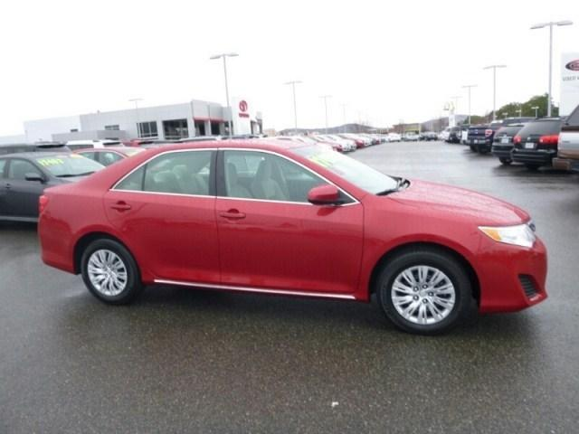 2013 Toyota Camry Sedan for sale in Kennewick for $15,685 with 41,427 miles.
