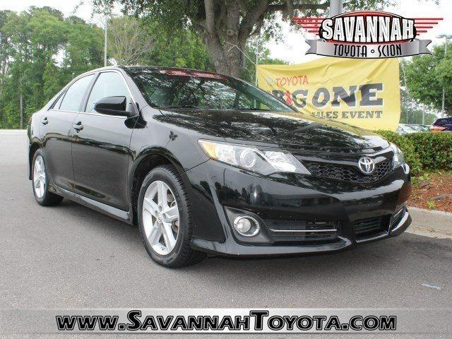 2014 Toyota Camry Sedan for sale in Savannah for $19,991 with 17,743 miles