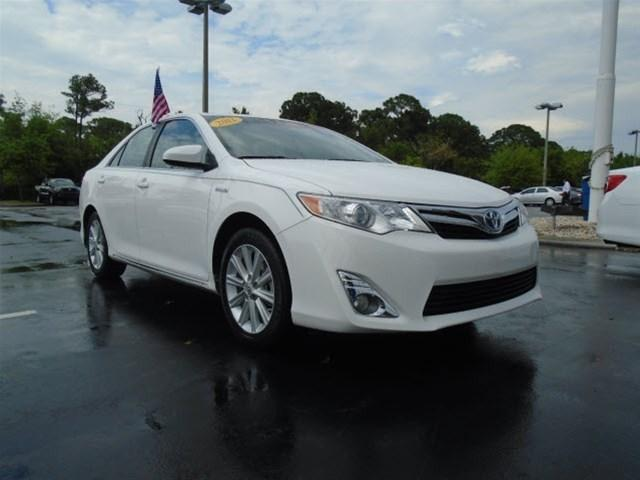 2012 Toyota Camry Hybrid XLE Sedan for sale in Stuart for $22,788 with 25,102 miles