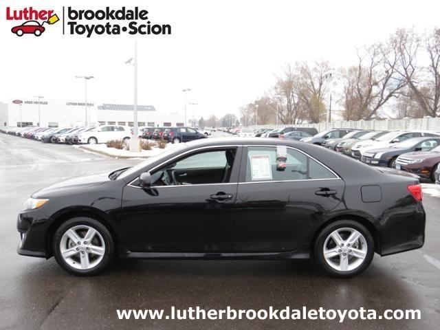 2014 Toyota Camry Sedan for sale in Minneapolis for $18,495 with 25,094 miles.
