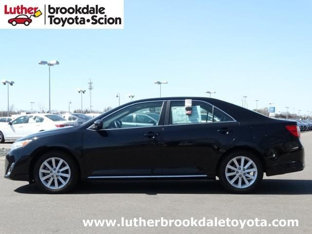 2012 Toyota Camry XLE Sedan for sale in Minneapolis for $18,995 with 40,558 miles.