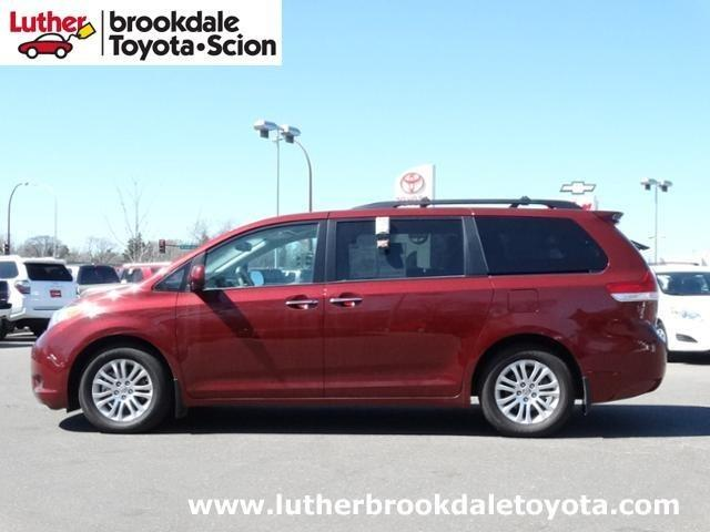 2013 Toyota Sienna Minivan for sale in Minneapolis for $31,691 with 13,925 miles