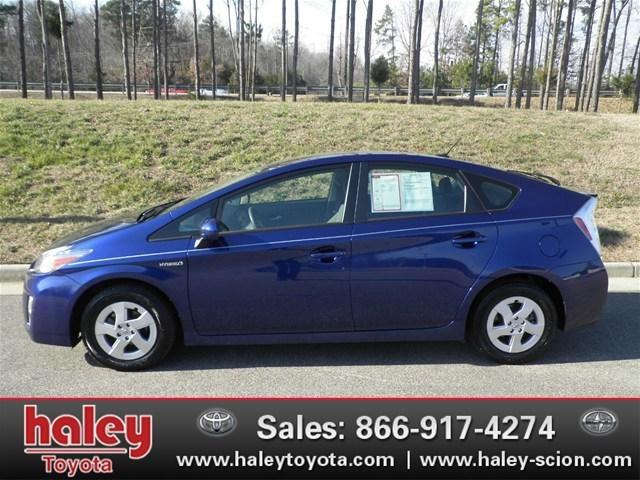 2011 Toyota Prius III Hatchback for sale in Midlothian for $18,875 with 48,480 miles.