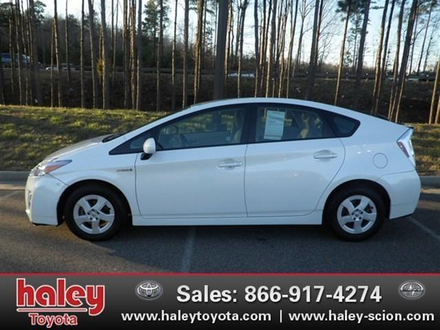 2010 Toyota Prius II Hatchback for sale in Midlothian for $16,995 with 34,256 miles.