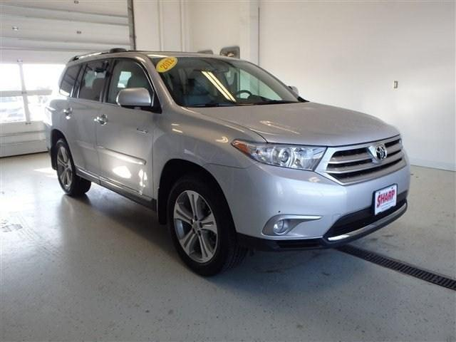 2012 Toyota Highlander Base SUV for sale in Watertown for $30,956 with 41,198 miles.
