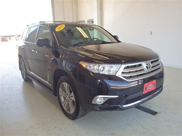 2011 Toyota Highlander Base SUV for sale in Watertown for $27,990 with 53,455 miles.