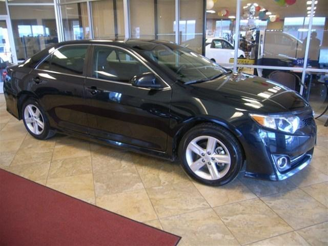 2013 Toyota Camry Sedan for sale in Helena for $17,991 with 29,852 miles.