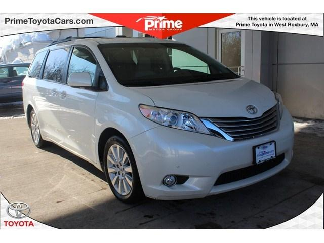 2012 Toyota Sienna Base Minivan for sale in West Roxbury for $29,500 with 29,066 miles