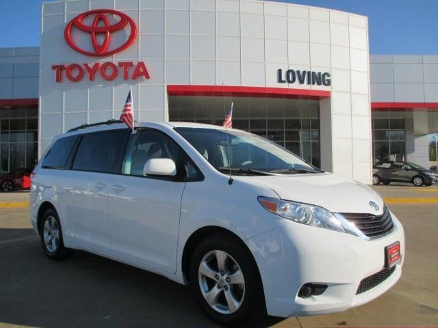 2013 Toyota Sienna Minivan for sale in Lufkin for $24,995 with 27,836 miles.