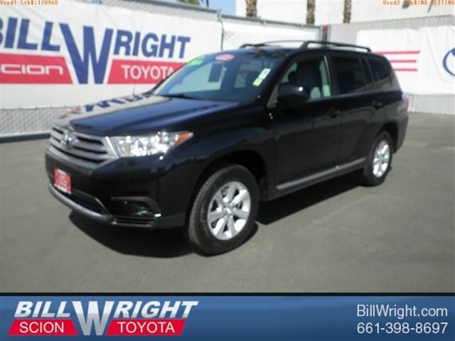 2012 Toyota Highlander Base SUV for sale in Bakersfield for $25,988 with 35,958 miles