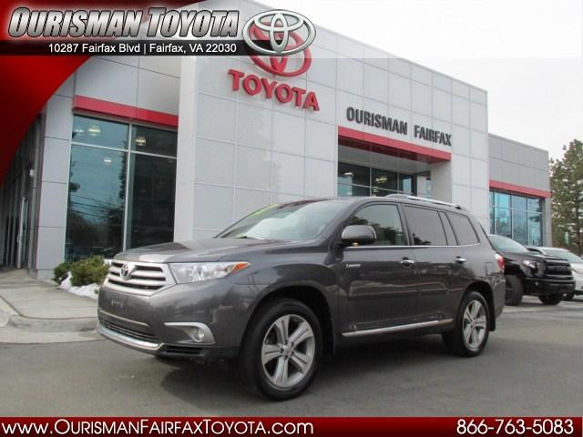 2013 Toyota Highlander SUV for sale in Fairfax for $28,000 with 73,451 miles