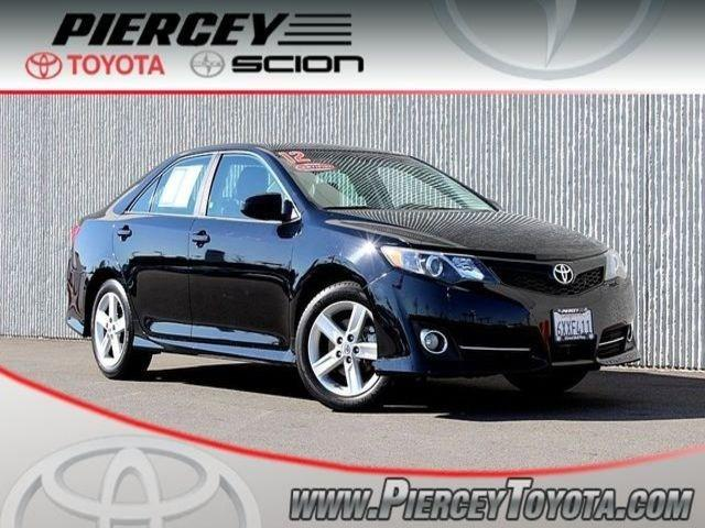 2012 Toyota Camry SE Sedan for sale in Milpitas for $20,998 with 39,564 miles