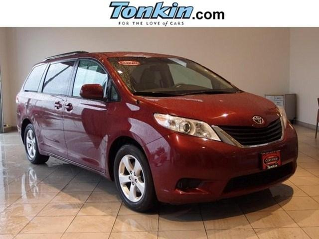 2013 Toyota Sienna Minivan for sale in Portland for $23,658 with 40,819 miles.