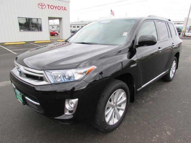2012 Toyota Highlander SUV for sale in Coos Bay for $39,986 with 25,822 miles.