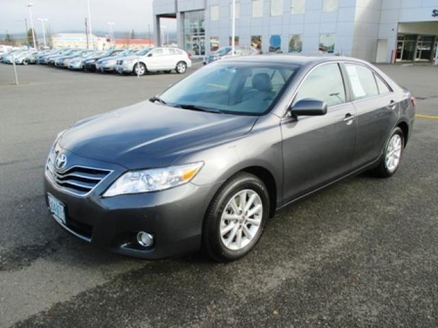 2011 Toyota Camry XLE Sedan for sale in Grants Pass for $16,481 with 62,457 miles.