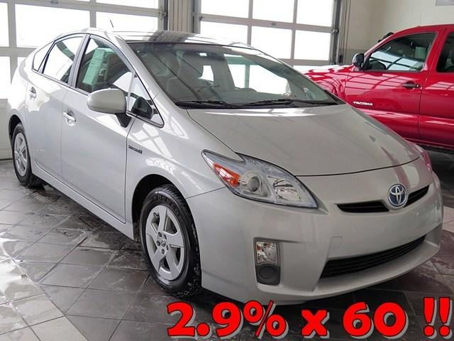 2010 Toyota Prius III Hatchback for sale in Crystal Lake for $16,989 with 65,430 miles.