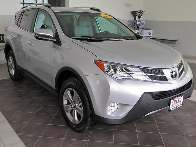 2015 Toyota RAV4 SUV for sale in Crystal Lake for $24,989 with 3,979 miles