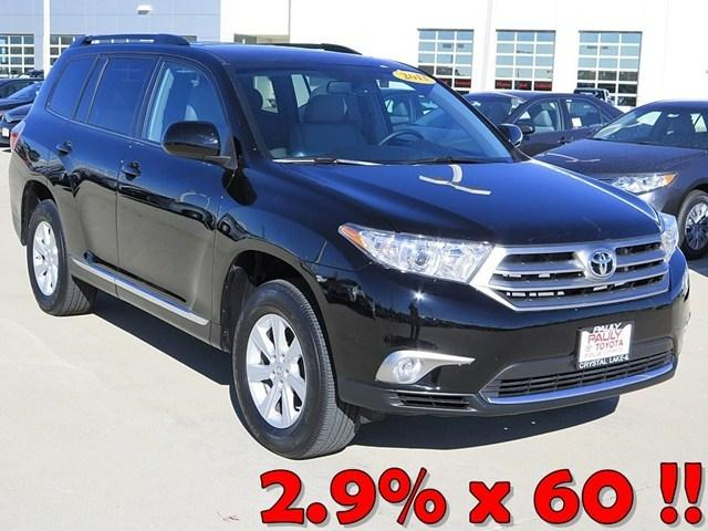 2013 Toyota Highlander SUV for sale in Crystal Lake for $35,989 with 4,503 miles.