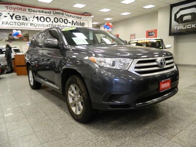 2012 Toyota Highlander Base SUV for sale in Brooklyn for $27,837 with 16,077 miles.