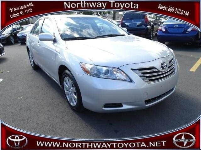 2009 Toyota Camry Hybrid Sedan for sale in Latham for $14,000 with 70,703 miles.