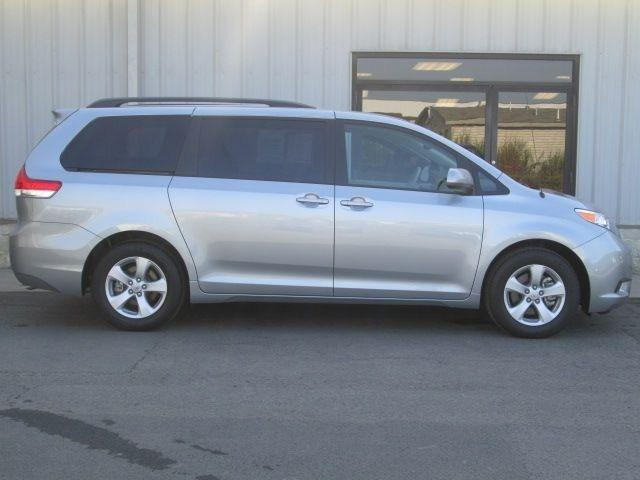 2014 Toyota Sienna Minivan for sale in Oneonta for $26,995 with 6,700 miles.