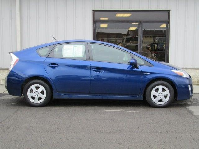 2010 Toyota Prius II Hatchback for sale in Oneonta for $13,995 with 66,562 miles.