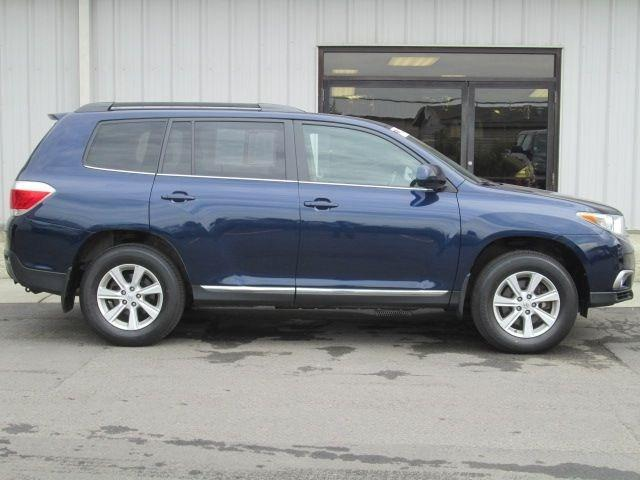 2011 Toyota Highlander SE SUV for sale in Oneonta for $26,999 with 39,732 miles.