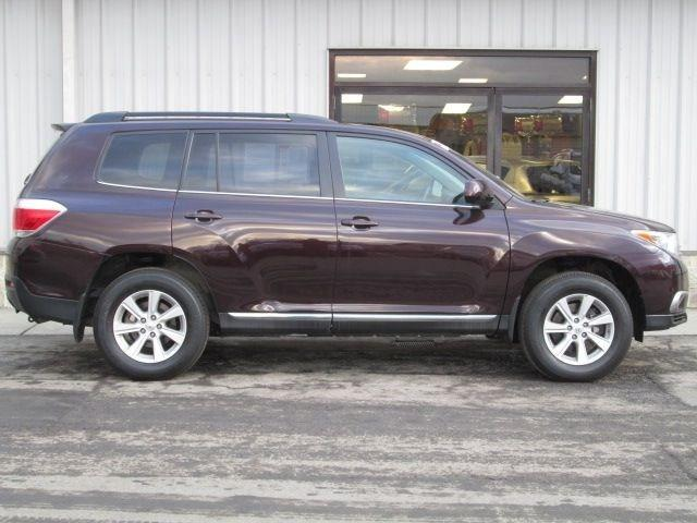 2012 Toyota Highlander Base SUV for sale in Oneonta for $25,995 with 25,940 miles