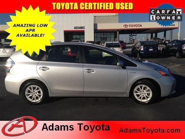 2014 Toyota Prius V Wagon for sale in Lees Summit for $22,082 with 30,906 miles.