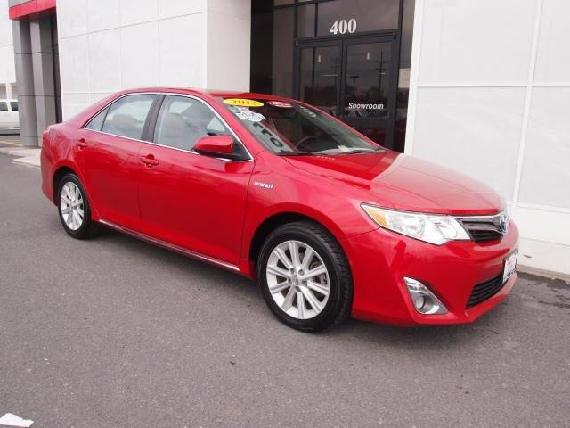 2012 Toyota Camry Hybrid XLE Sedan for sale in Winchester for $19,487 with 71,798 miles
