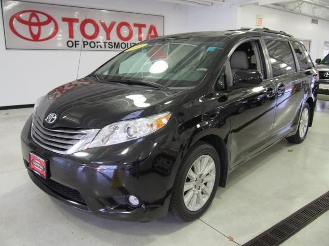 2012 Toyota Sienna Minivan for sale in Portsmouth for $29,995 with 33,612 miles.