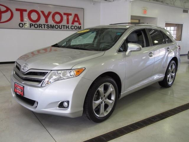 2013 Toyota Venza SUV for sale in Portsmouth for $26,995 with 13,751 miles