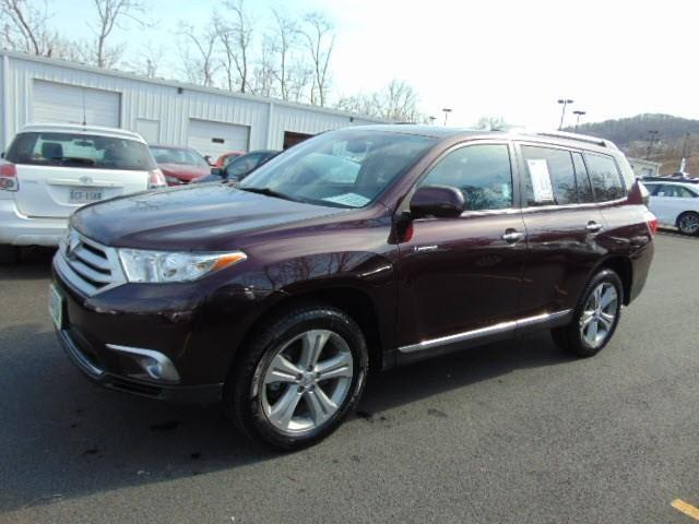 2012 Toyota Highlander Base SUV for sale in Staunton for $28,800 with 78,230 miles
