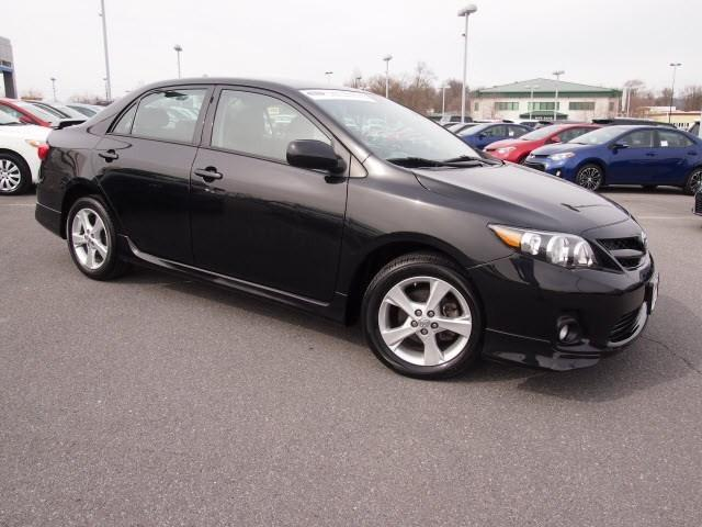 2013 Toyota Corolla Sedan for sale in Martinsburg for $15,888 with 38,337 miles