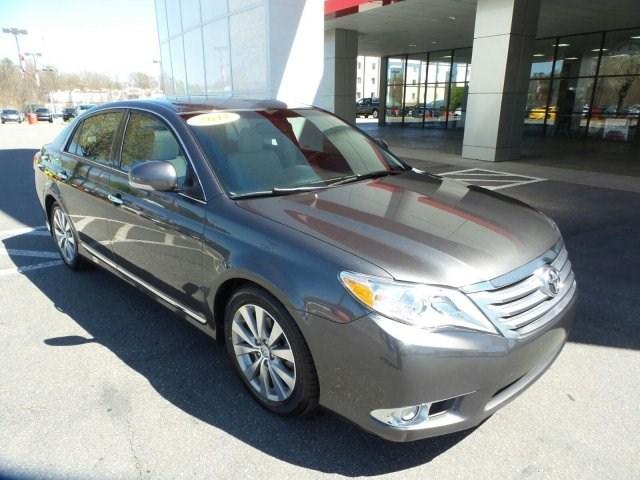 2011 Toyota Avalon Limited Sedan for sale in Statesville for $20,225 with 68,324 miles