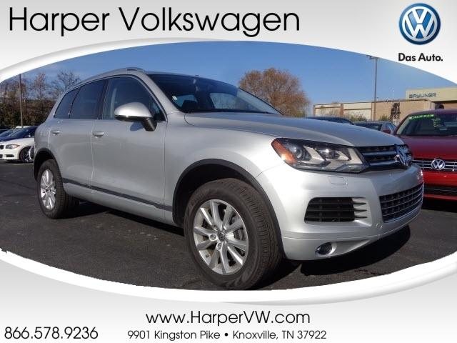 2014 Volkswagen Touareg SUV for sale in Knoxville for $32,900 with 22,114 miles.