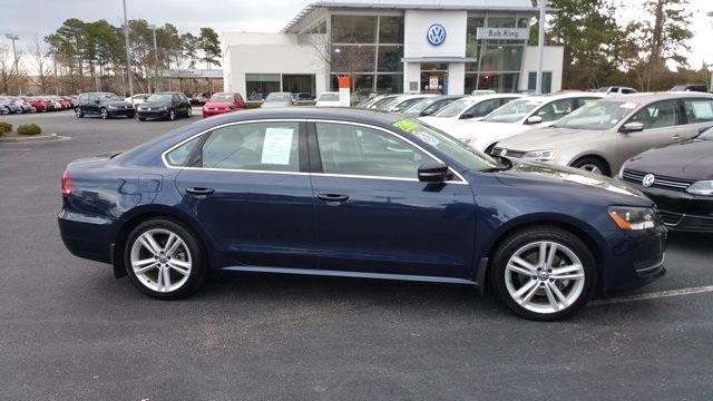 2014 Volkswagen Passat 2.5L SE Sedan for sale in Wilmington for $21,995 with 11,345 miles