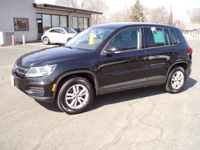 2012 Volkswagen Tiguan LE SUV for sale in La Crosse for $19,480 with 30,730 miles