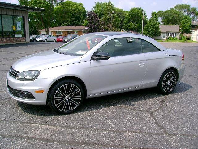 2013 Volkswagen Eos Convertible for sale in La Crosse for $29,980 with 18,657 miles.